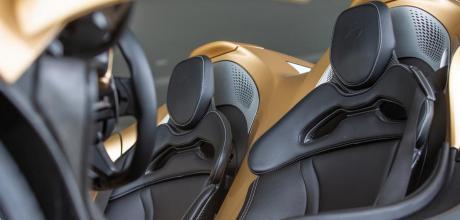 2022 McLaren Elva interior