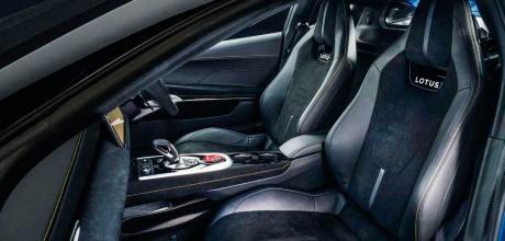 2022 Lotus Emira 3.5 - interior