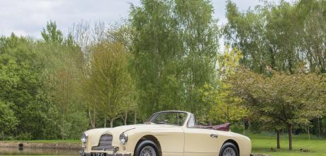 1955 Aston-Martin DB2/4 DHC