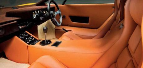 Lamborghini Countach - interior