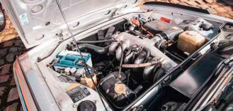 1973 BMW 3.0 CSL 'Batmobile' E9 engine